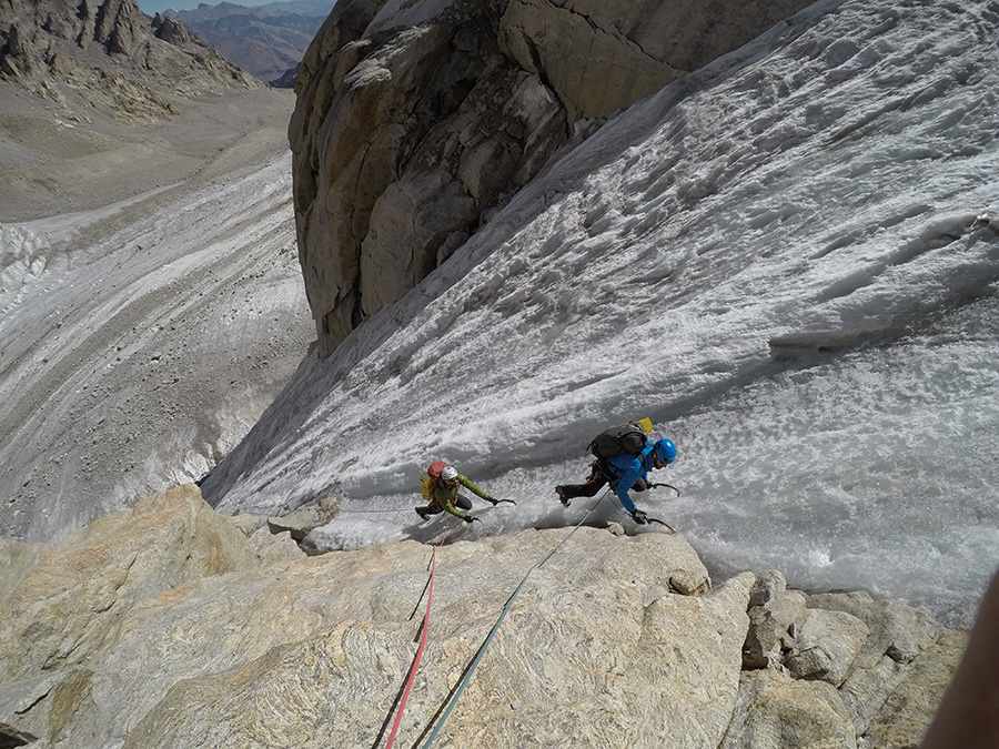 Chareze Ri North: Luca Vallata and Federico Martinelli starting up the first ice ramp while making the first ascent of Jullay Temù (1000m, 70° ghiaccio, V+ roccia, Davide Limongi, Federico Martinelli, Enrico Mosetti, Federico Secchi, Luca Vallata 08/2018) Federico Secchi