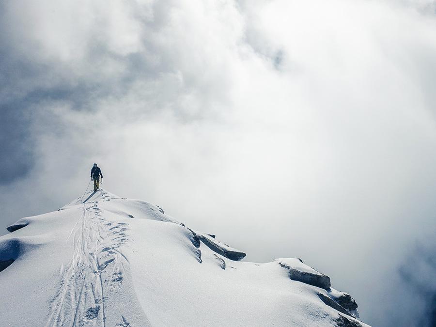 Virgin Himalayan 6000er climbed by Austrian dream team 6167d32eb154