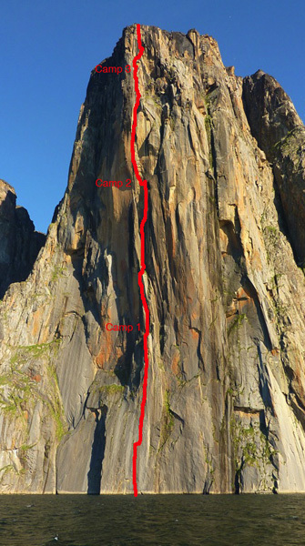 The Devil's Brew (850m), Seagull wall, Groenlandia., Favresse archive