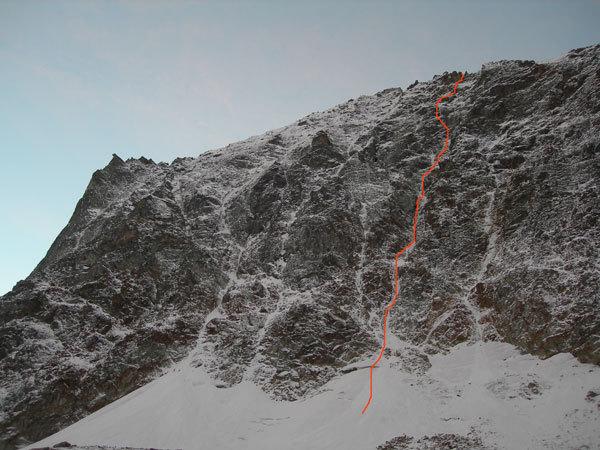 Spirito libero, 600m IV-4-M4, first ascent Ezio Marlier solo on  18-19/11/2006 on Monte Emilius (Valle d'Aosta)., arch. Ezio Marlier