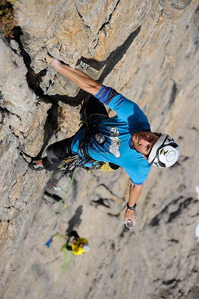 Daniel Kopp sulla parte alta del Grundtvigskirken. Tutti i tiri tranne quattro sono stati aperti a-vista., visualimpact.ch | Thomas Ulrich