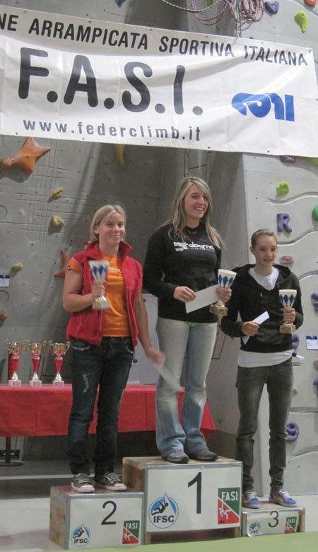 Podio femminile: Morandi, Chiappa, De Marco, arch. FASI