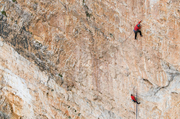 The Scoiattoli climbing in the Dolomites, arch. Rosso 70