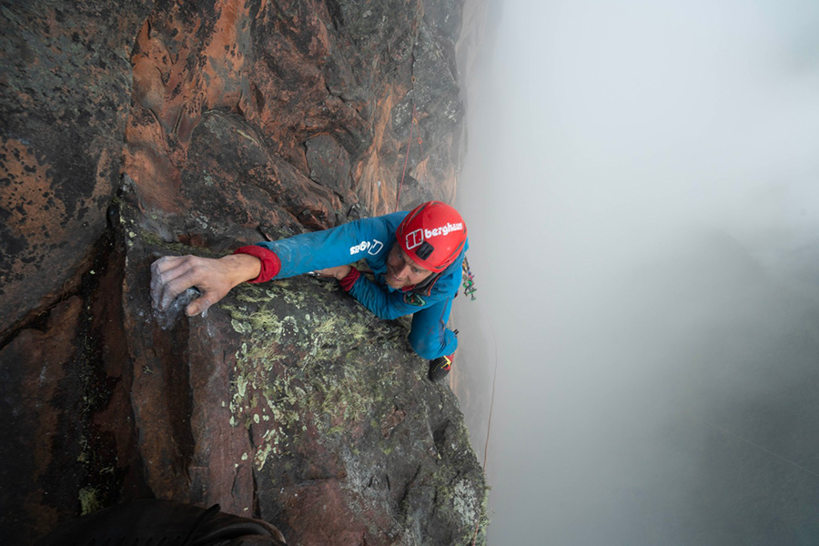 Leo Houlding leading the way during the first ascent of his new route up Mount Roraima in Guyana. Coldhouse Colllective / Berghaus
