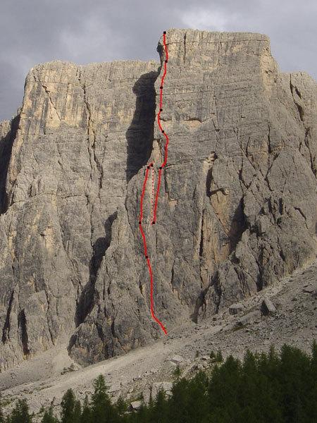 The line of Gente di Mare, Lastoni di Formin, Croda da Lago, Dolomites., Marco Sterni
