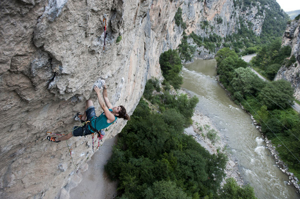 Helena Alemán on pitch 1 of Segre (7c+) Tres Ponts, Pete O'Donovan