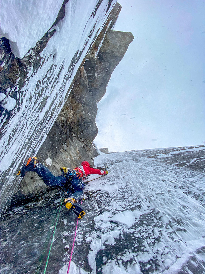 Greg Boswell, Jeff Mercier discover unclimbed ice around Lofoten and Tennevoll in Norway