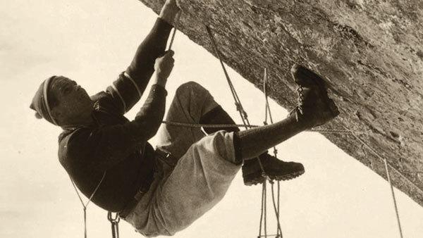 Rosso 70 - Storie e memorie di 70 anni di alpinismo degli Scoiattoli di Cortina, arch. fam. Beniamino Franceschi