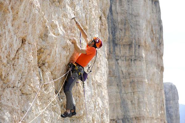 Nicola Tondini climbing Quo Vadis, Sass dla Crusc, Dolomites, Paola Finali
