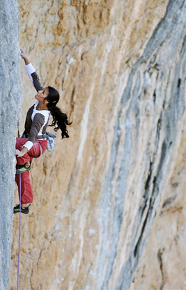 Daila Ojeda redpointing Full Equip 8c at Oliana, Spain, Maria Torres