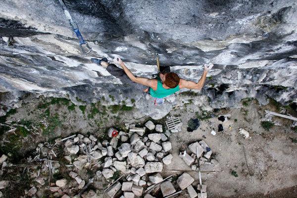 Gabriele Moroni climbing La Gabi 8c, Andrea Pandini - Gruppo Struktura