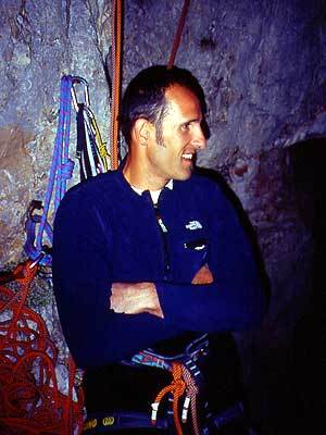 Rolando Larcher, bivacco sulla via Piussi-Redaelli, Torre Trieste, Gruppo del Civetta, Dolomiti, arch Larcher