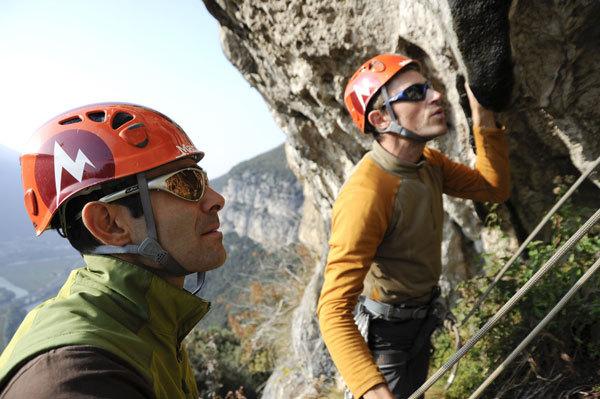 Nicola Tondini e Nicola Sartori su Testa o Croce, Monte Cimo - Settore Scoglio dei Ciclopi, Paola Finali
