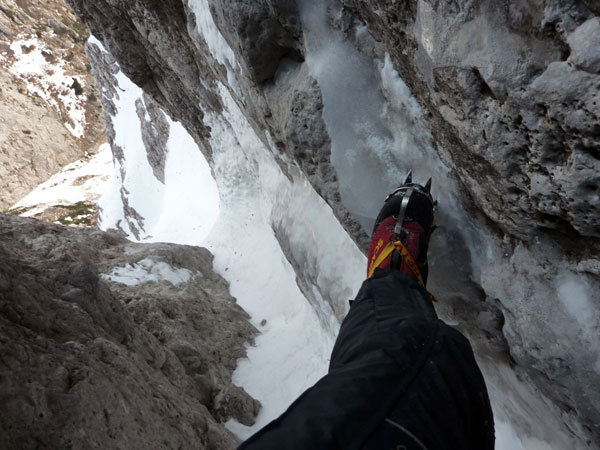 Ivo Ferrari during the first winter solo ascent of Pizzo della Pieve - Fasana, arch. I. Ferrari