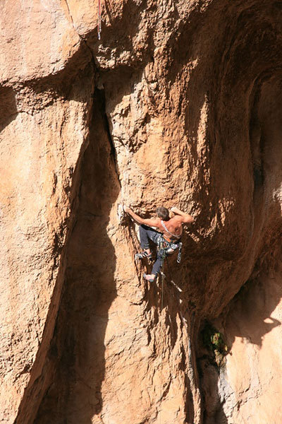 Christian Bindhammer climbing Hotel Supramonte, Sardinia, Raimund Knorr