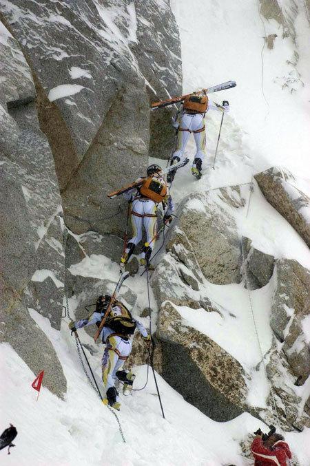 Un momento dell'Adamello Ski Raid delle passate edizioni, www.adamelloskiraid.com