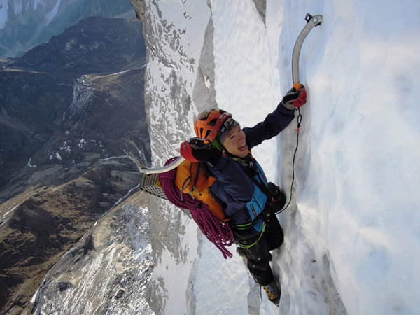 Freddie Wilkinson climbing the North Face of Cholatse (6440m), arch Ueli Steck