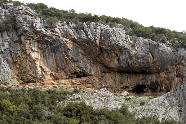 La falesia di Kofi, Magnesia, Grecia, Christos Boukoros