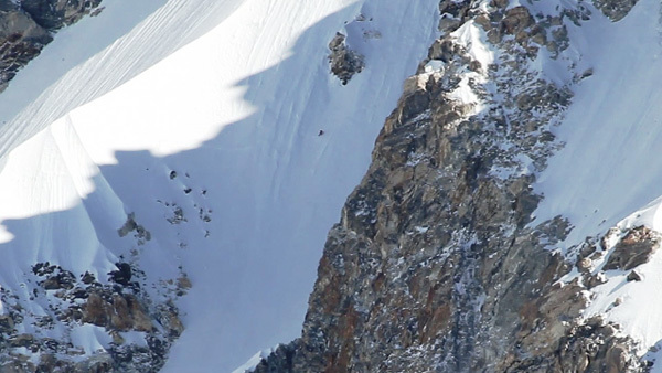 17/04/2011: Ueli Steck and the speed ascent up Shisha Pangma (8027m), Tibet, arch Ueli Steck