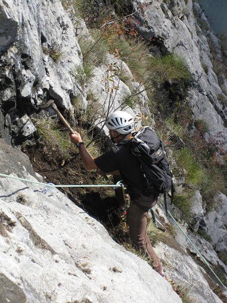 Pulizia della via Moonbears - Valle del Sarca, Piccolo Dain, Parete del Limarò, Michel Ghezzi