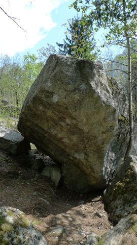 Il Basilisco, arch Melloblocco