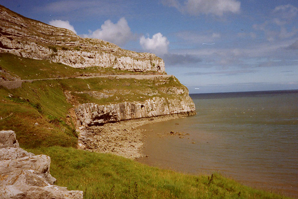 One of the finest sport crags in North Wales, Lower Pen Trywn on the Great Orme just north of the seaside resort Llandudno hosts circa 60 routes up to 9a., Planetmountain.com