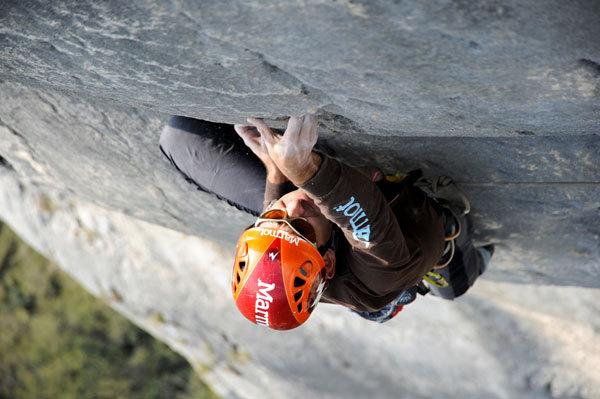 Nicola Tondini sul 4° tiro di Testa o Croce (8b max, 7c obbl.) al Monte Cimo - Val d'Adige, Paola Finali