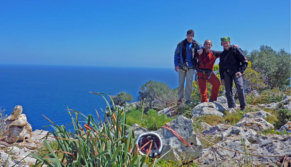 Luca Giupponi, Rolando Larcher & Nicola Sartori after the ascent of La banda del buco , on the summit of Antro della Perciata, Palermo, Sicily, arch. Larcher, Giupponi, Sartori