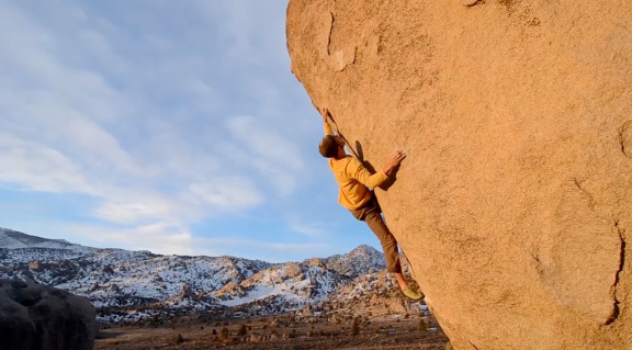 Kevin Jorgeson bouldering at the Buttermilks, Bishop, USA, Andy Mann