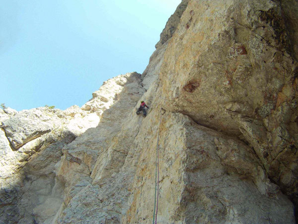 during the first free ascent of Zauberberg (The Magic Mountain) North Face of Ciastel de Chedul (Vallunga, Dolomites), arch. Riegler