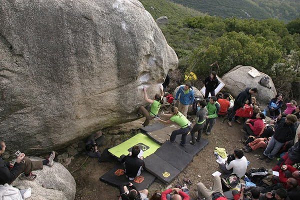 The beautiful bouldering area Codoleddu in Sardinia, unfortunately banned to climbing as of yesterday., archivio Giorgio Tagliasacchi