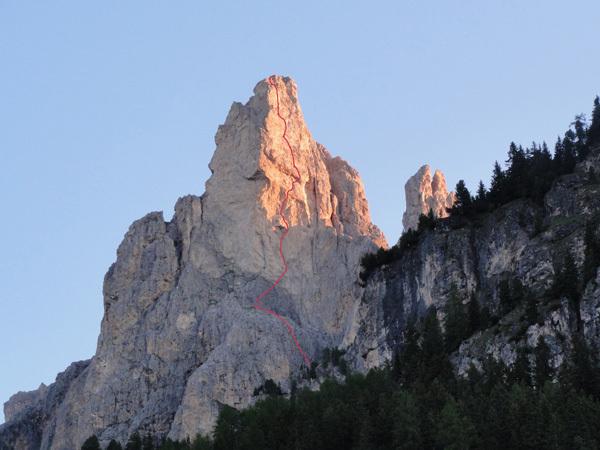 """DoloMitiche - il tracciato della via """"Battisti-Weiss"""" allo Spiz dele Roe de Ciampiè, archivio Alessandro Beber"""