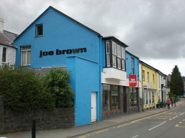 Il negozio di Joe Brown, Andrea Giorda