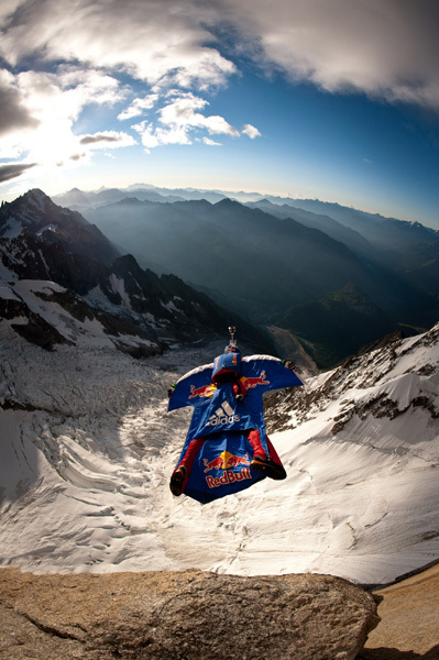 This morning at 06:45 Russian alpinist and base jumper Valery Rozov carried out the first BASE jump off the Italian side of Mont Blanc., Thomas Senf