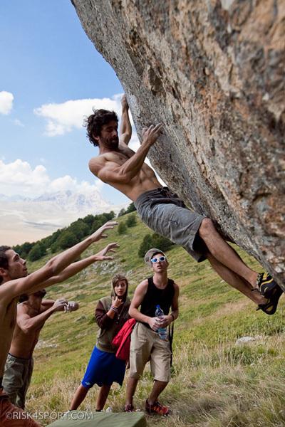 Luca Parisse, 7b boulder, Vado di Sole, Roberto Parisse