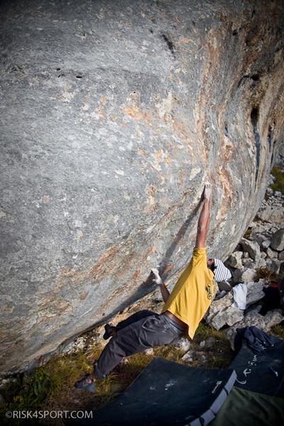 Roberto Parisse climbing an 8a+ boulder problem, Vado di Sole, Roberto Parisse