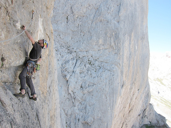 Iker & Eneko Pou making the first free ascent of Gorilas en la Roca, Naranjo de Bulnes, Picos de Europa, Spain, Iker & Eneko Pou