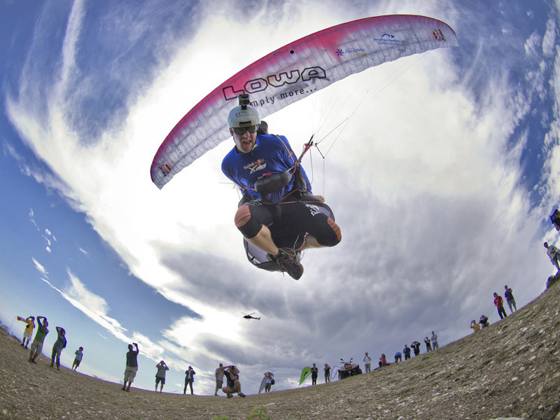 Christian Maurer (SUI1), Red Bull X-Alps 2011, Red Bull
