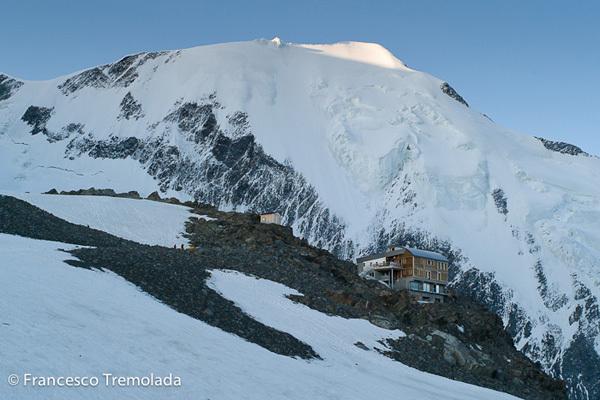 Il rifugio Tete Rousse e l'Aiguille du Bionassay, Francesco Tremolada