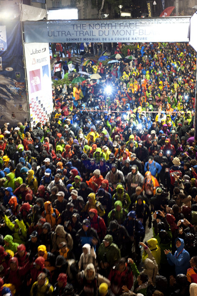 The start of the The North Face Ultra Trail du Mont Blanc, Planetmountain.com