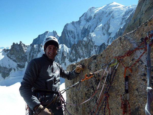 Maurizio Oviglia in cima al Petit Clocher du Tacu, A. Giorda