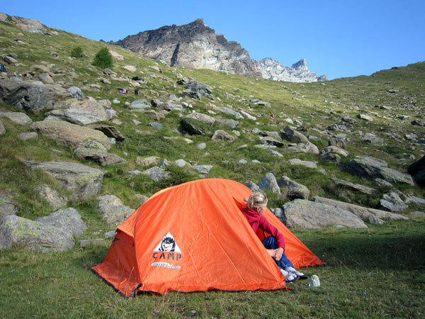 Campo base in tenda al Pian di Verra, Alessandra Gianatti