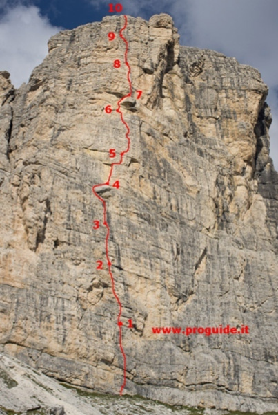 Re Artù (300m, 6b) up the Lastoni di Formin in the Dolomites, Francesco Tremolada