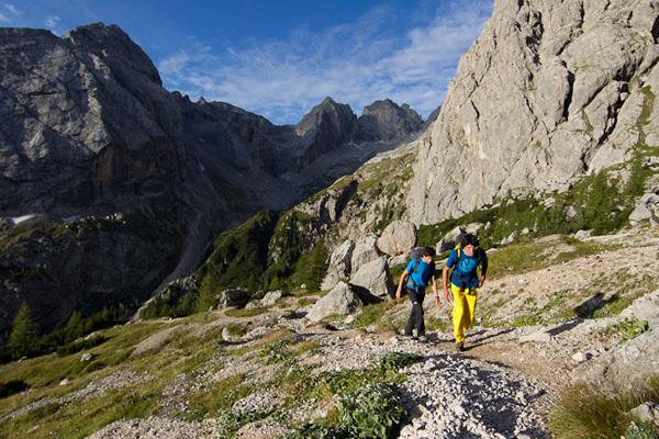 Hansjörg Auer durante la prima the libera della sua via Bruberliebe (800m/8b/8b+), Marmolada, Dolomiti., Damiano Levati