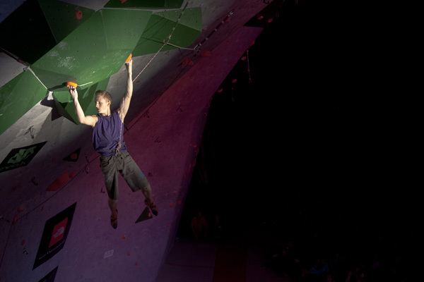 Jakob Schubert climbing to victory in Boulder, USA, ÖWK – Heiko Wilhelm