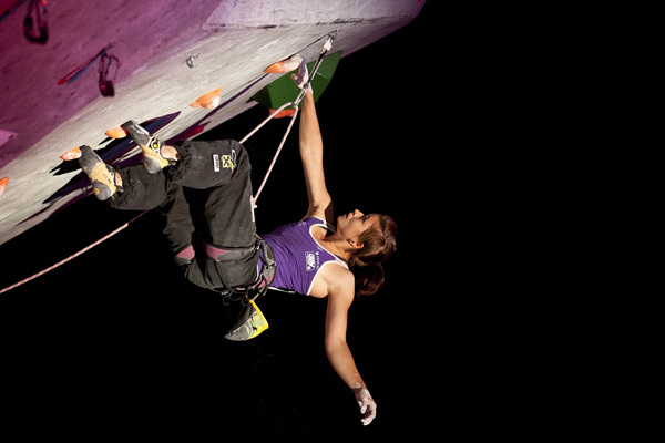Johanna Ernst climbing to victory in Boulder, USA, ÖWK – Heiko Wilhelm