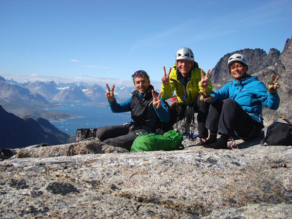 Andres Lietha, Michi Wyser, Caroline Morel on Dos Canones, Quvnerit Island, Greenland, archivio Swiss-Bavarian Climbing Expedition