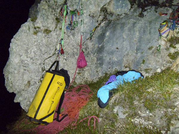 Marco Anghileri's bivvy on the first solo of Via Ultimo Zar on Prima Pala di San Lucano (Dolomites), Marco Anghileri
