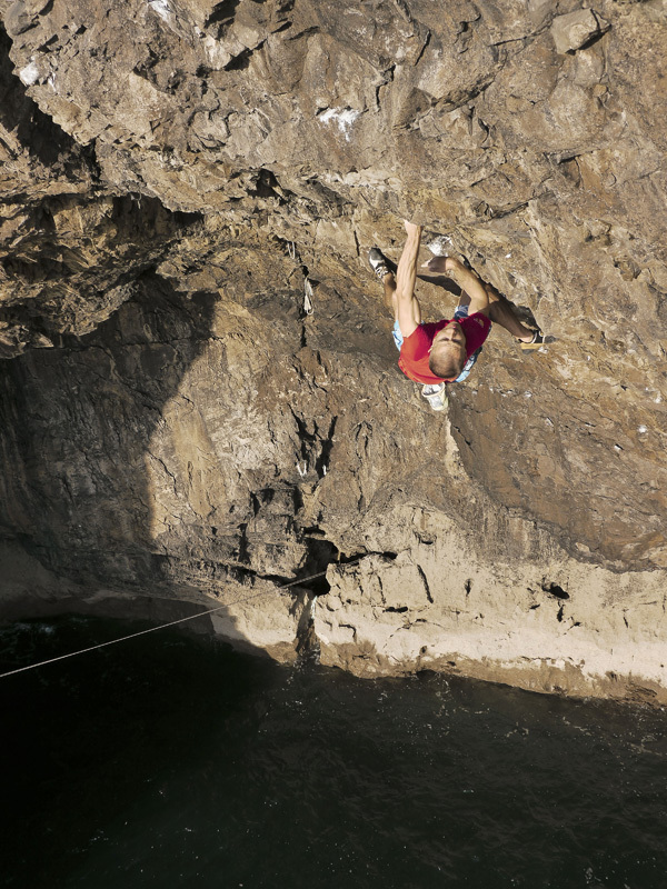 Neil Gresham on Hydrotherapy  8a+/S2, Pembroke, Wales, Liam Cook