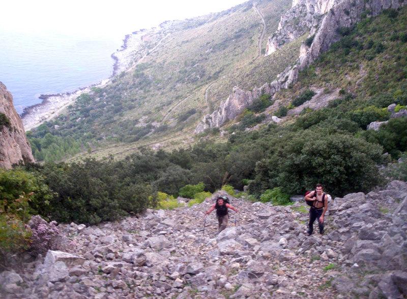 Giorgio Iurato e Giuseppe Barbagallo in avvicinamento alla Punta Baloo, archivio M. Flaccavento - G. Barbagallo